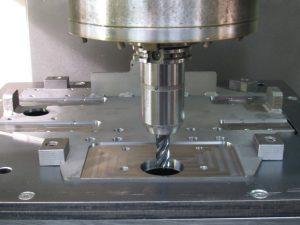 Zerspanungstechnik, Drehen, Fräsen, Metall-Auer, Oberösterreich
